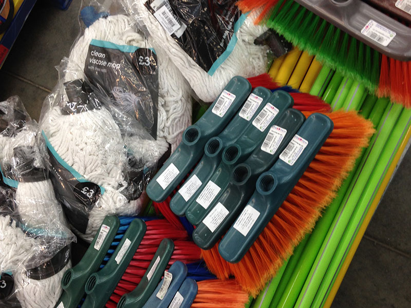 Cleaning supplies for Iraqi/Syrian refugees in Bulgaria