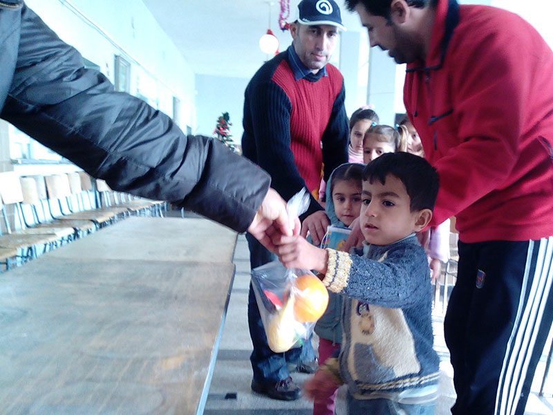 Delivering aid to Syrian/Iraqi refugees in Bulgaria
